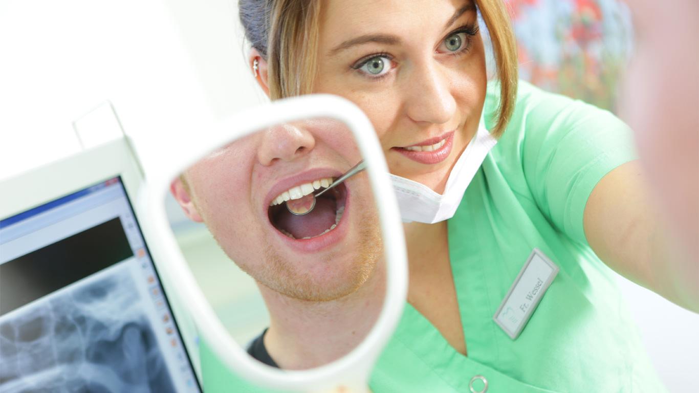 Patient mit Spiegel